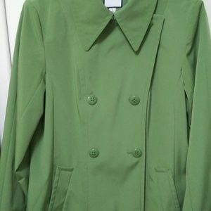 Nice CROFT & BARROW raincoat